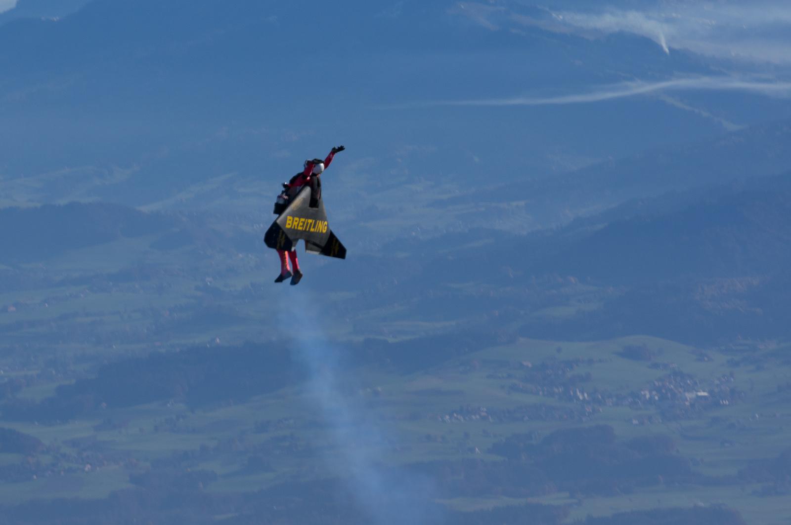 Jet Man loops