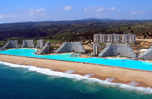 World's biggest swimming pool