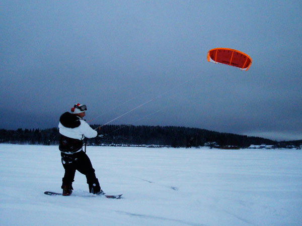 Learning how to snowkite
