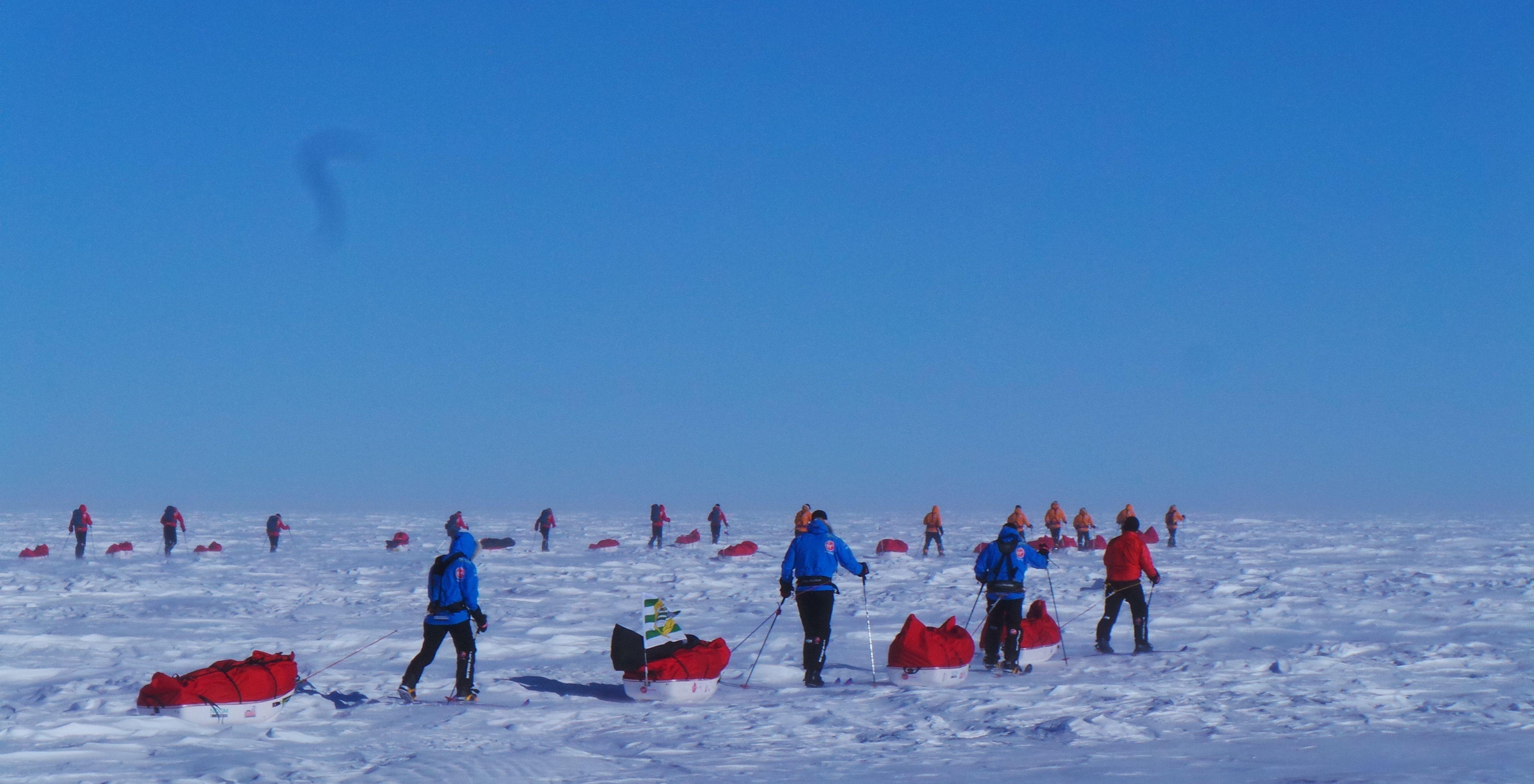 Day 2 – Teams face Sastrugi fields