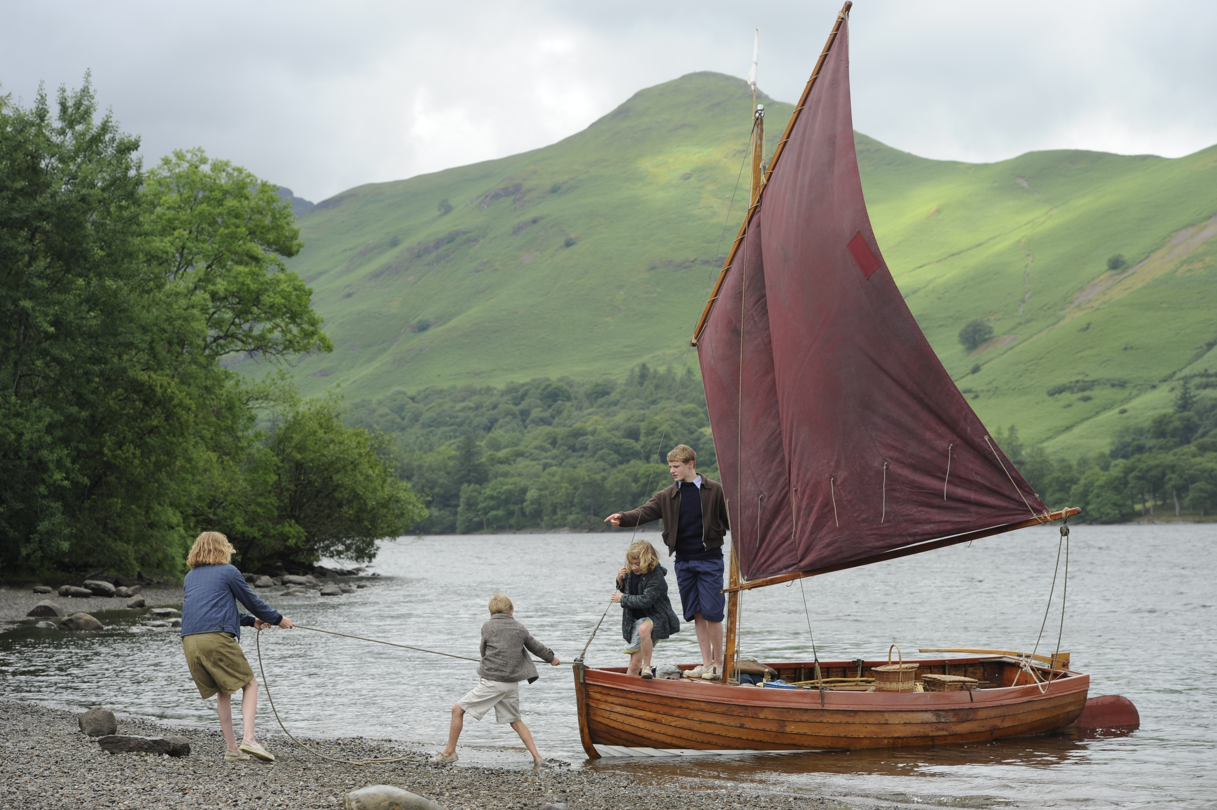 Trailer for the new Swallows and Amazons film