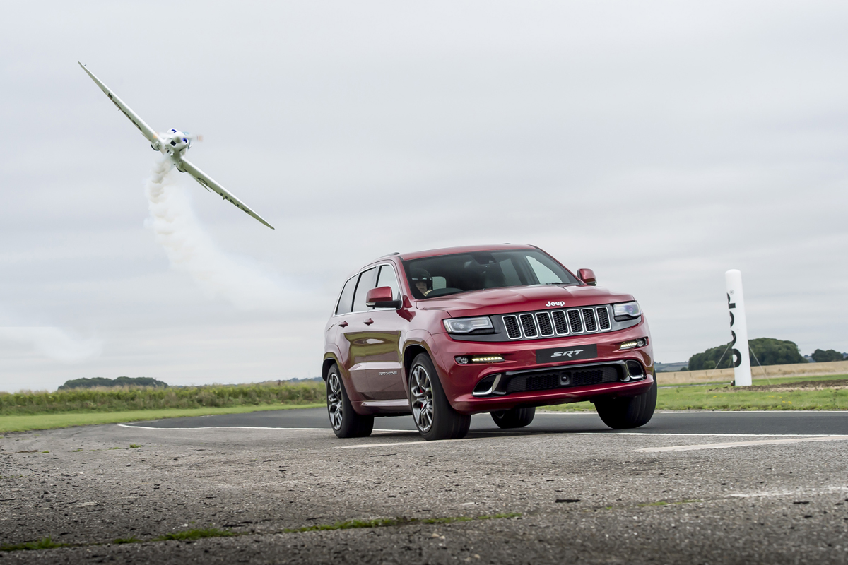 Grand Cherokee SRT vs Silence Twister