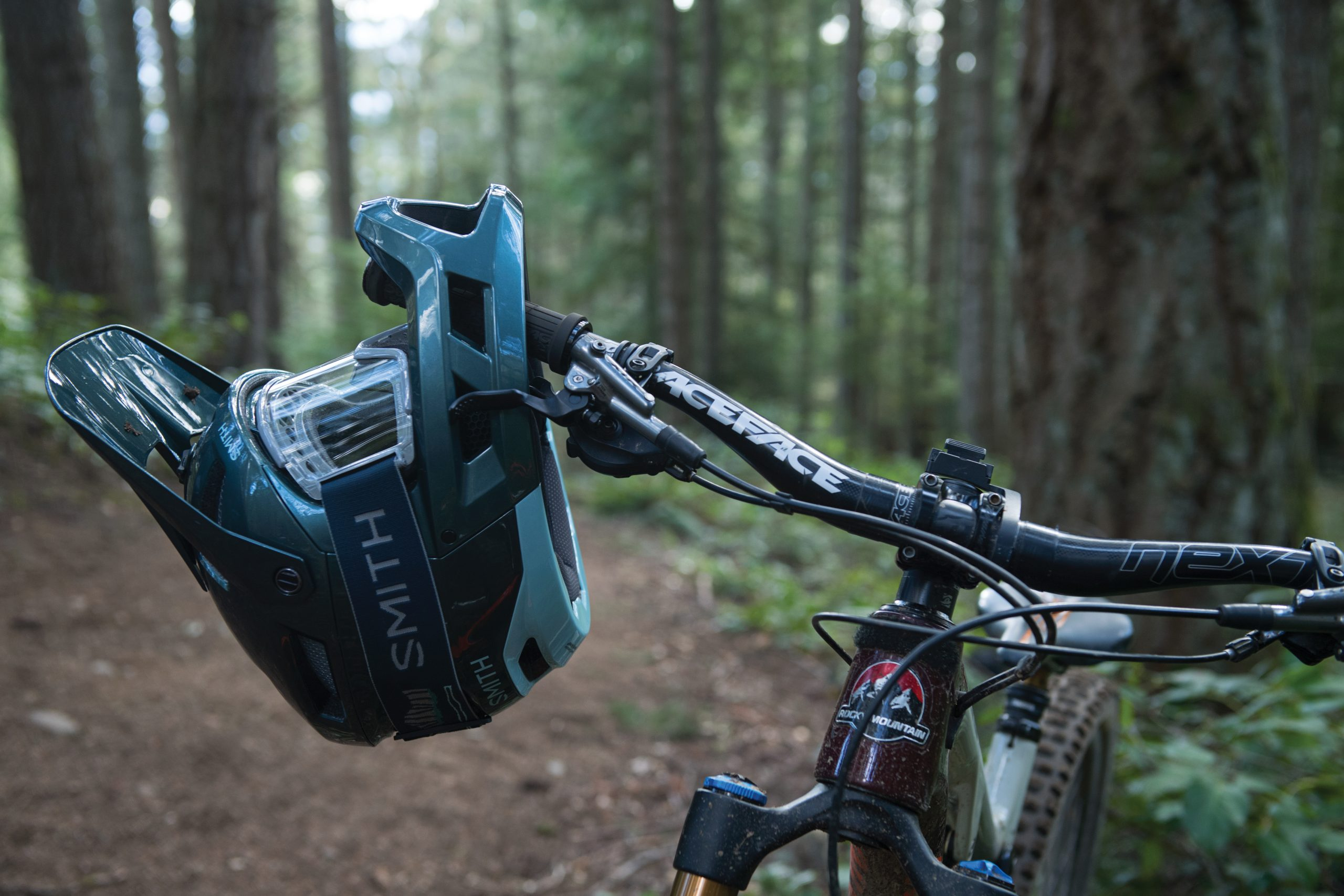 New 'Mainline' enduro helmet from Smith Optics