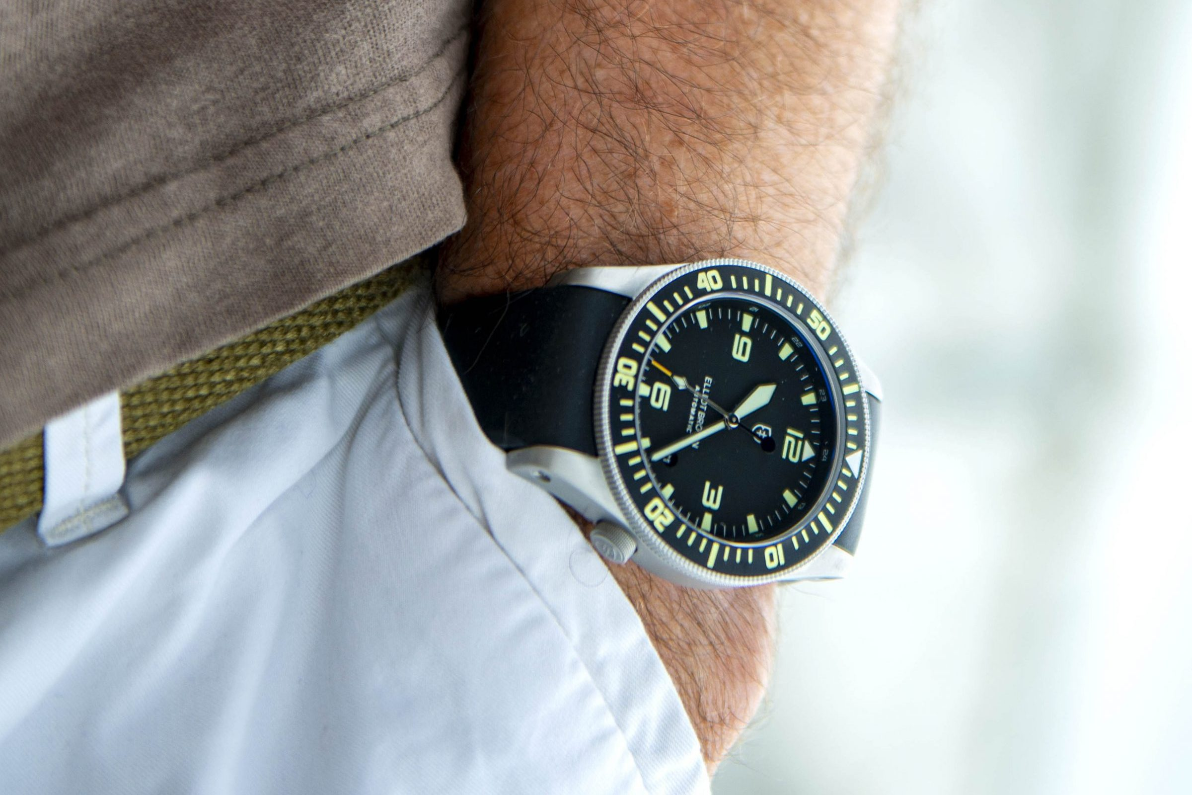 New watch from Elliot Brown – the Holton Automatic