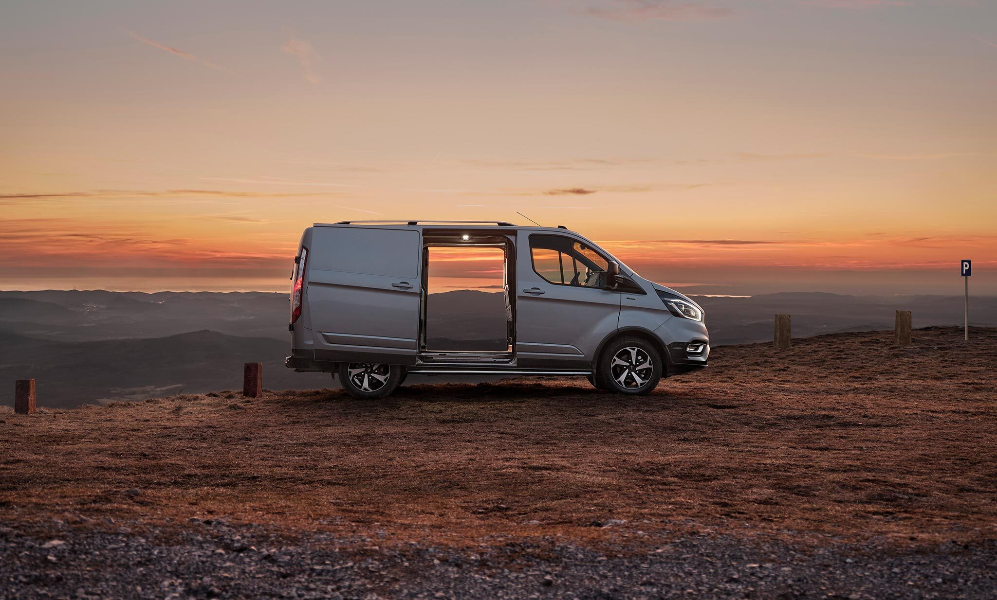 New Transit Custom Active paves the way for van life