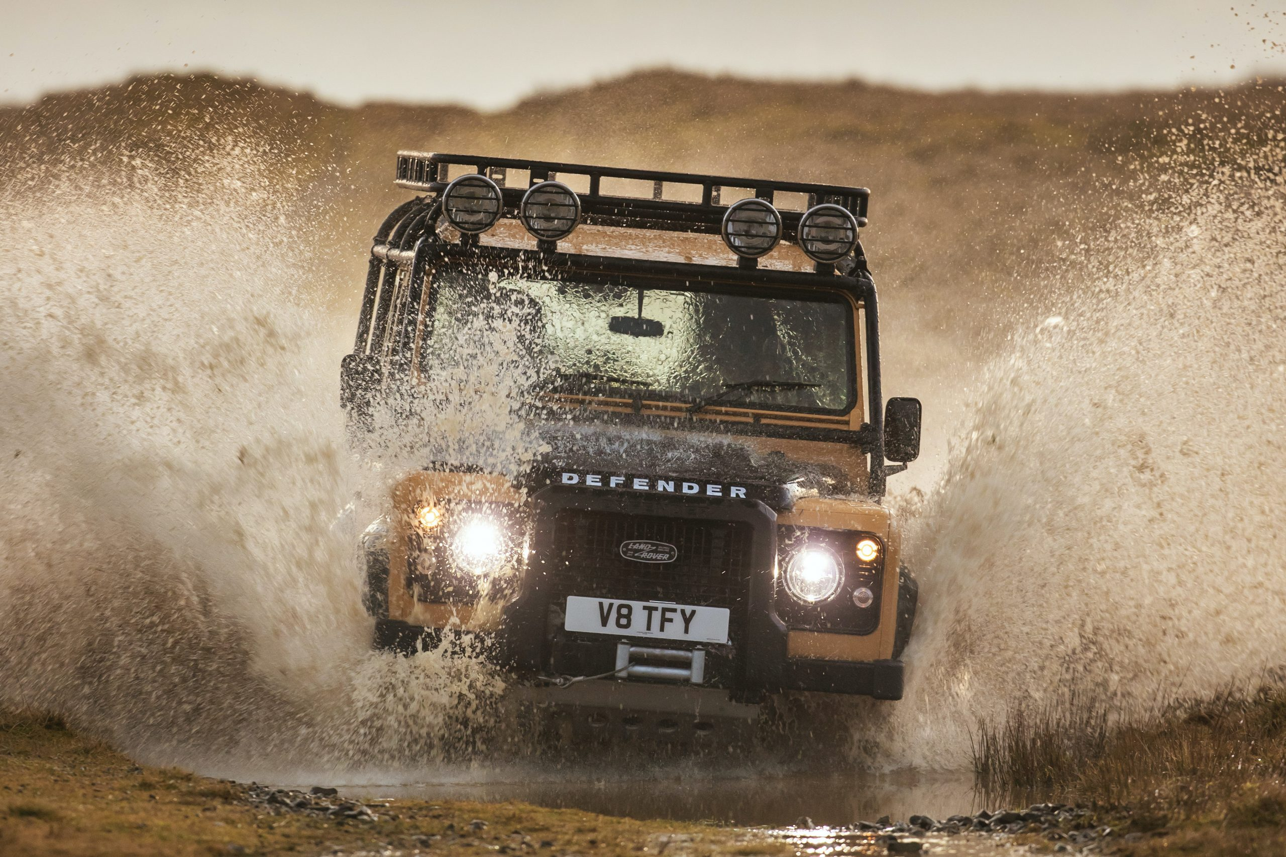 25 limited-edition V8 Trophy Defender cars to be built