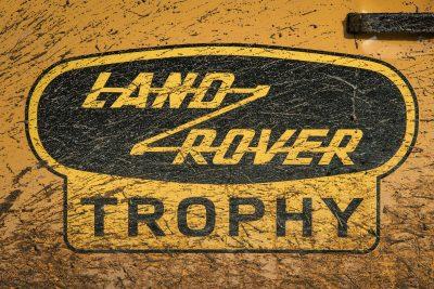 defender v8 trophy