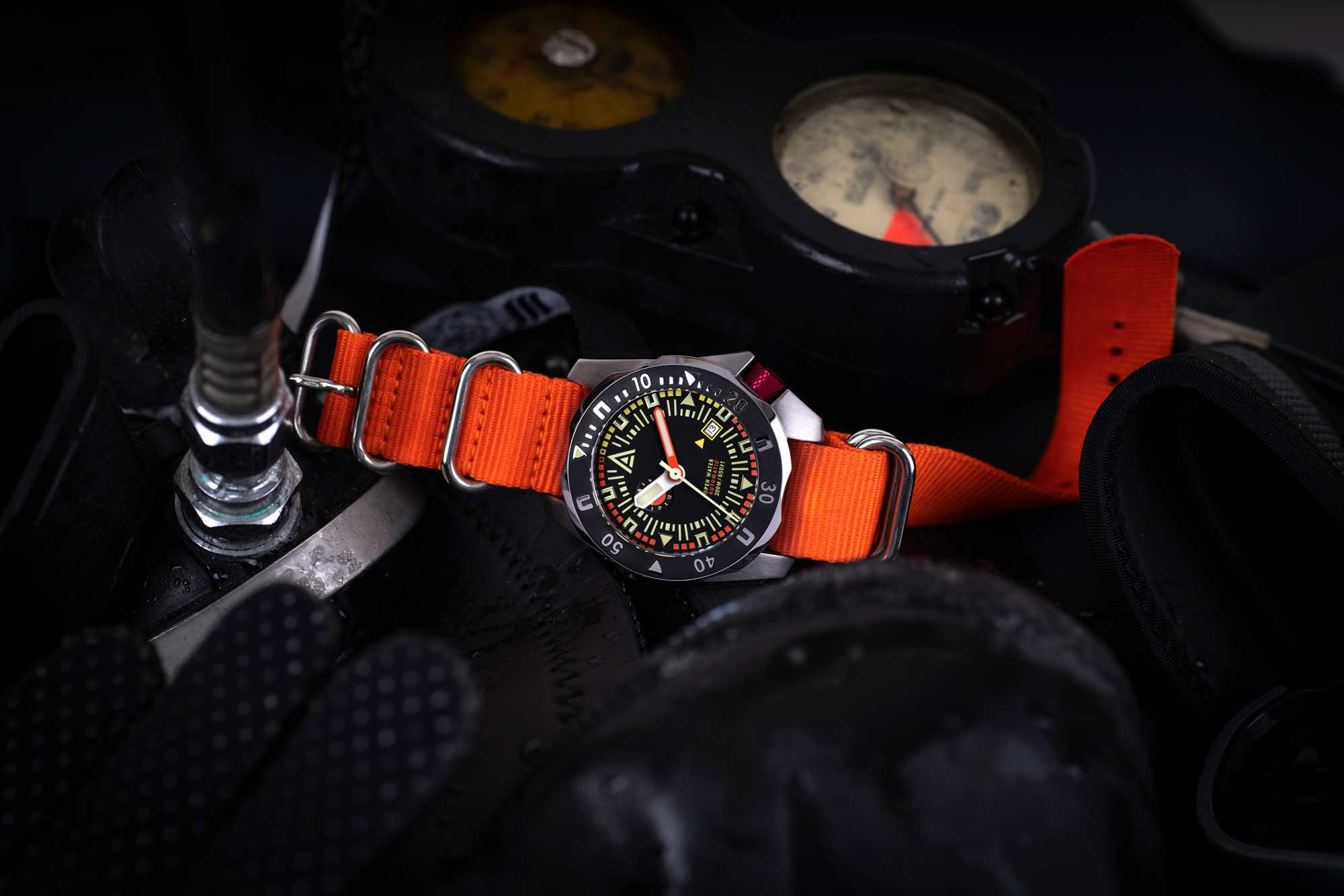 Diving-inspired N°1973 watch from W.T. Author