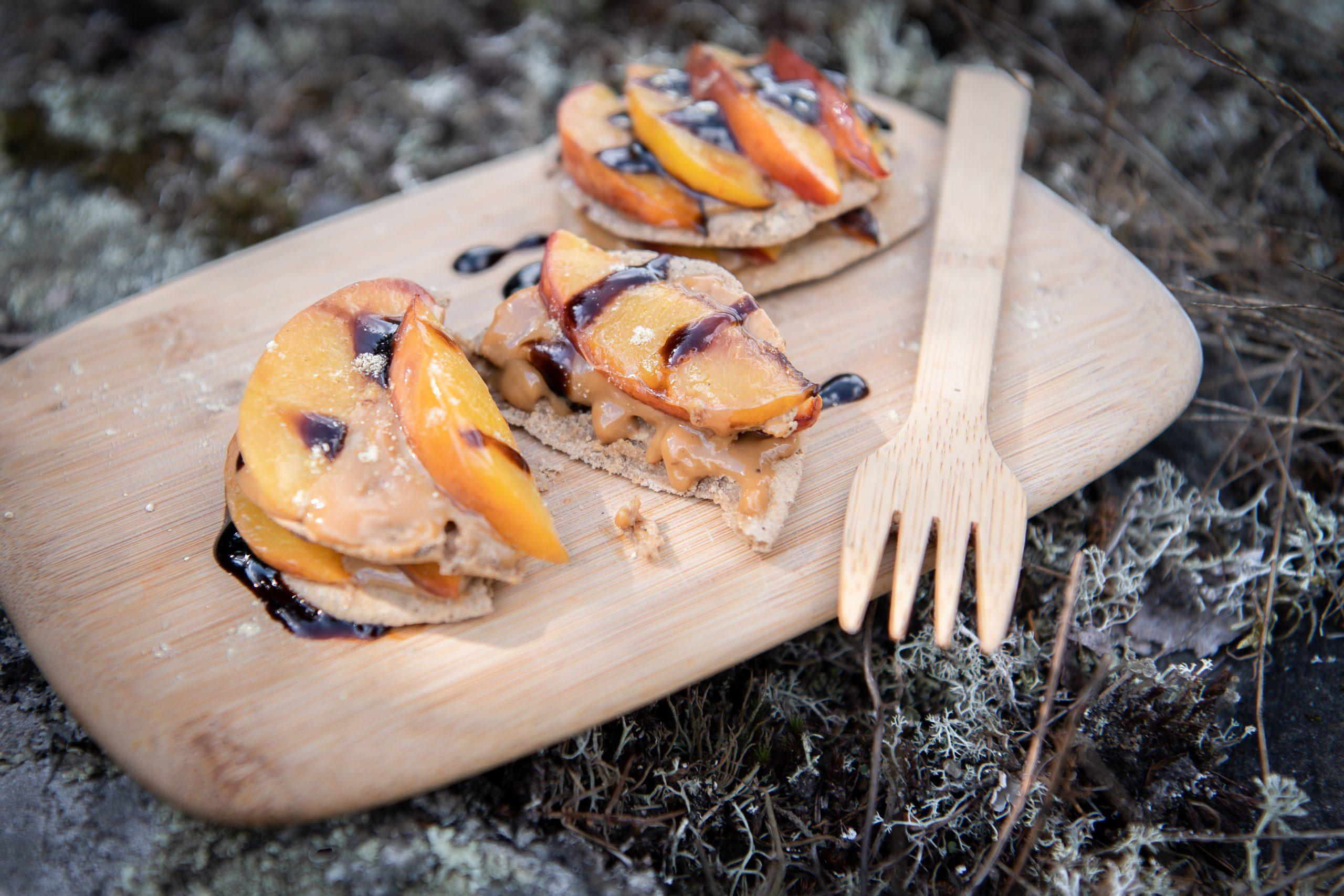 Caramelised nectarines, rough oat cakes with dulce de leche, blueberry balsamic